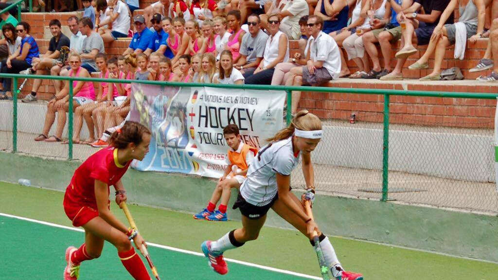HTHC-Hockey-Ass hold Gold mit der U16-Nationalmannschaft